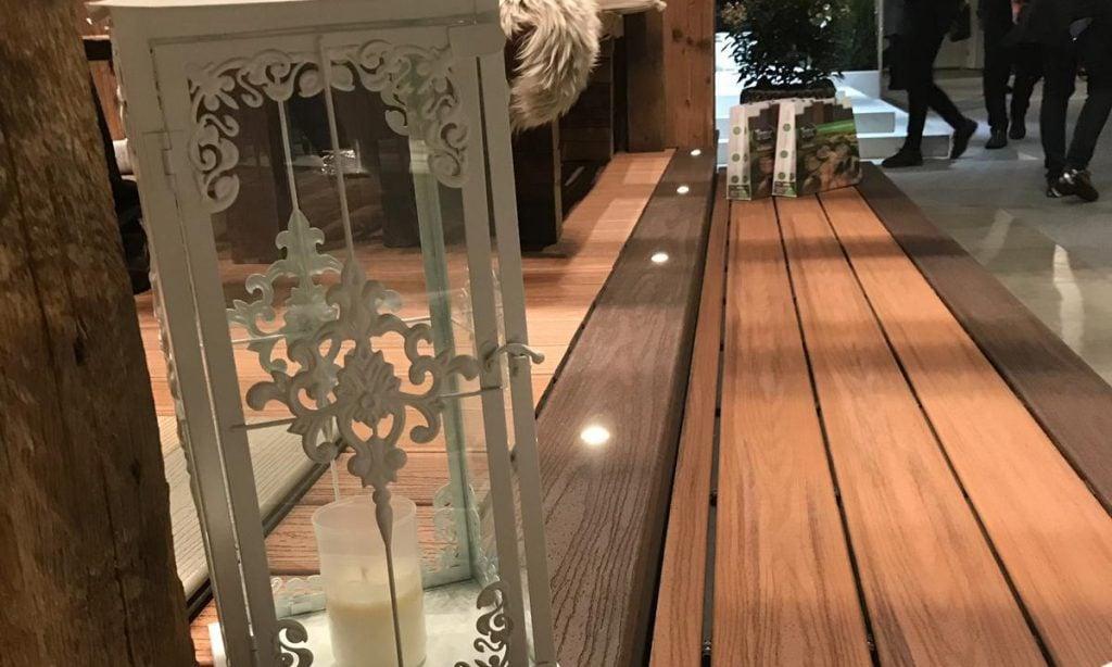 אודות חברת TREX המייצרים את הדקים הסינטטיים העמידים ביותר בעולם, חיפוי קירות דמוי עץ ומעקות עץ סינטטי