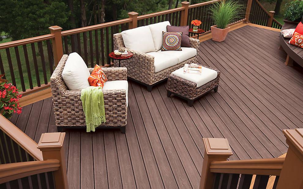 דק קומארו, דקים סינטטיים קומארו (Tree House) - חברת TREX מומחים בדקים סינטטיים לחצר, דק לבריכה ודק למרפסת