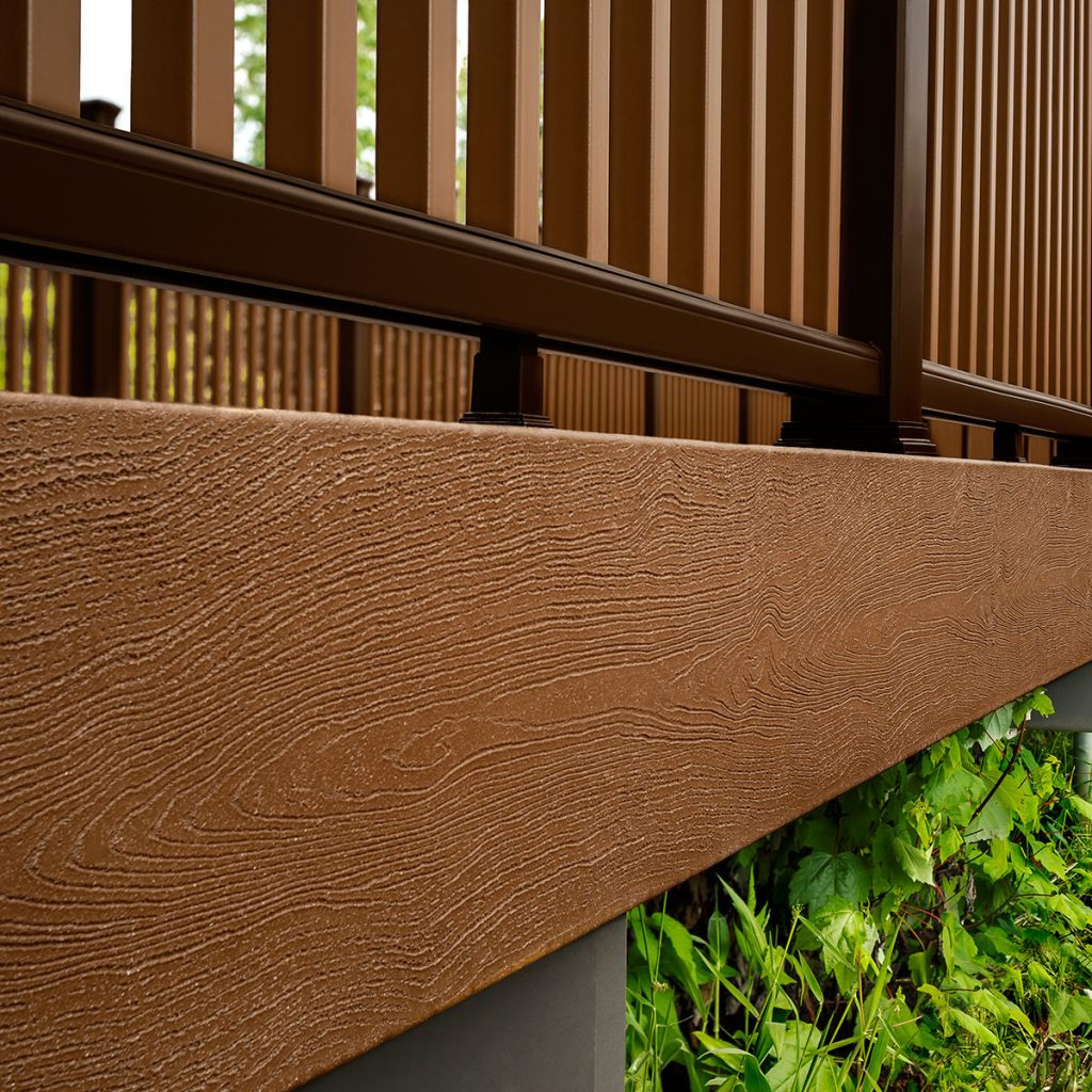 חיפוי עץ לקיר מחיר - TREX מומחים בייצור והתקנה של דקים סינטטיים, מעקות חוץ וחיפוי קירות חוץ סינטטיים, אחריות ל25 שנים, ללא צורך בתחזוקה ועמידים בכל תנאי מזג האוויר